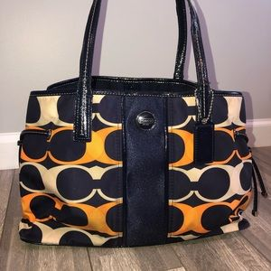 Coach purse 🧡